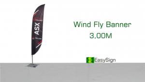 """suporte de banner chamado Wind Banner com os dizeres ao lado """"Wind Fly Banner 3,00 Metros"""""""
