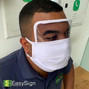 máscara com visor